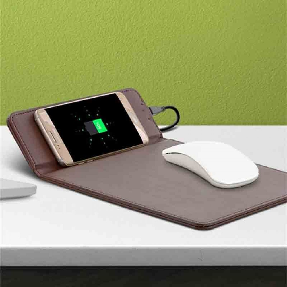 Bison Wireless Charging and Mouse Pad
